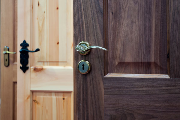 Doors & Door Handles